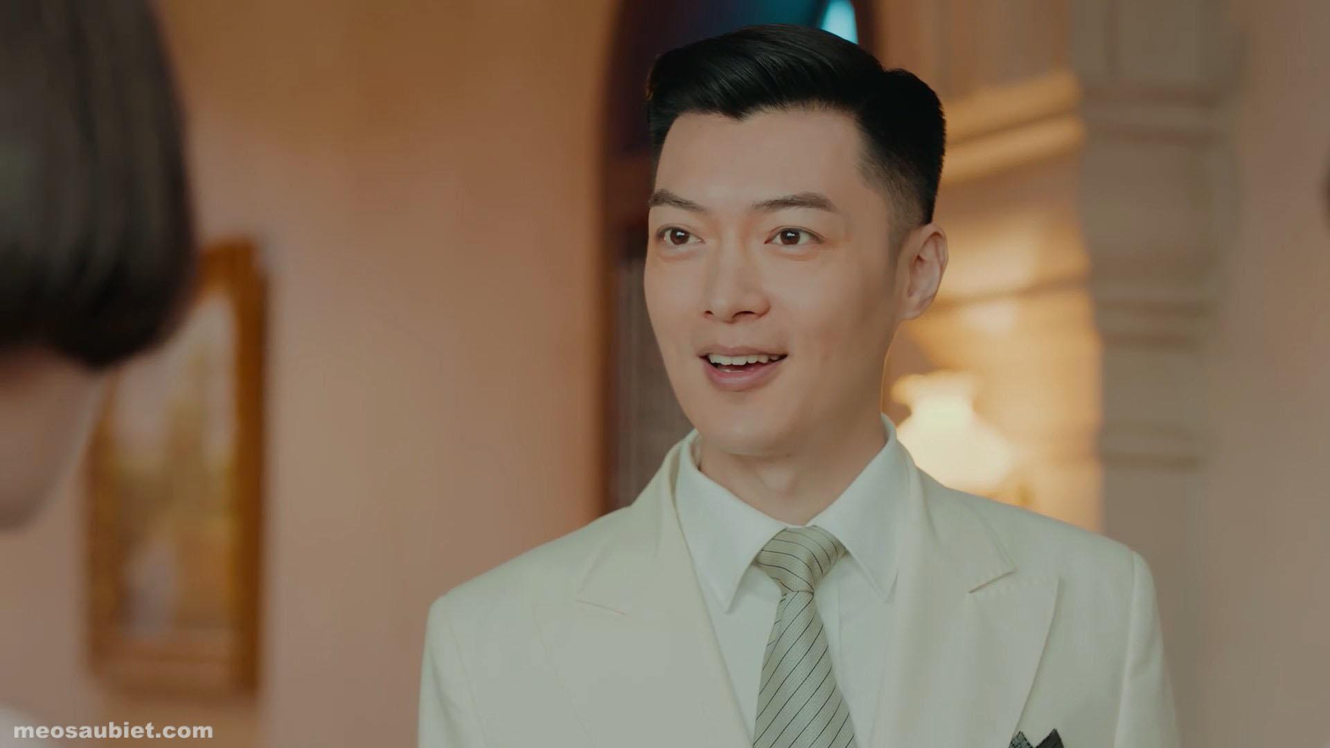 Chuyện tình cô bé Lọ Lem 2020 Kỷ Ninh trong vai Hoàng Kim Thành