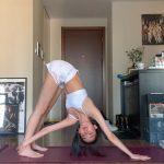 Chu Nhan Mạn Tư tập Yoga