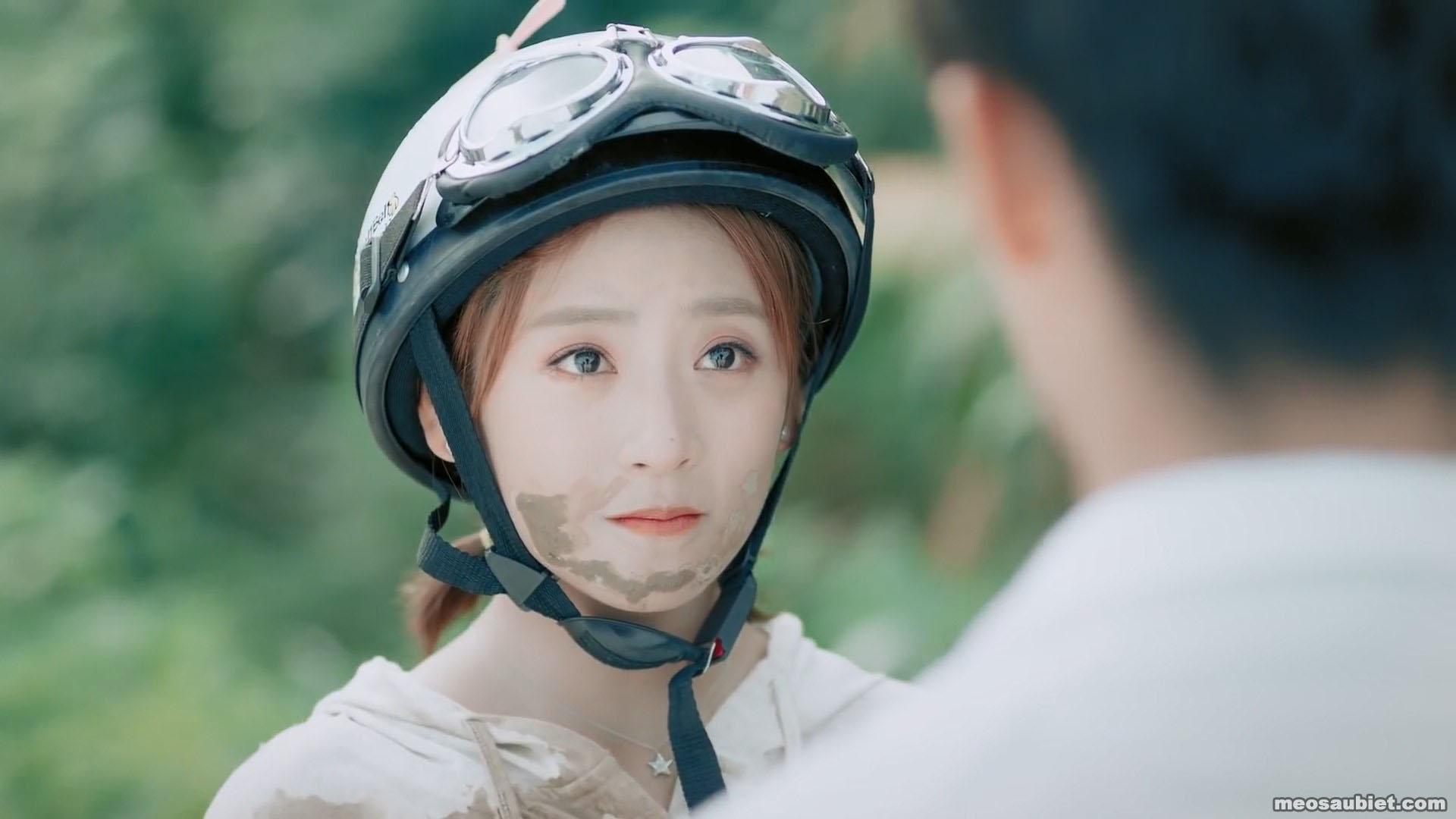 Anh trai nhà đối diện 2021 Đinh Nhất Nhất trong vai Điền Điềm